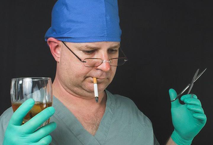 crazy-drinking-surgeon